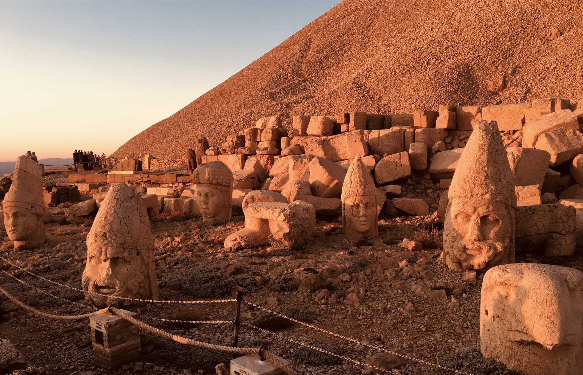 MOUNT NEMRUT TOUR 3 DAYS 2 NIGHTS